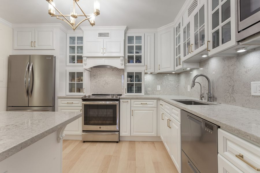 White Kitchen Cabinets from Cubitac Cabinetry – Newport Latte Style