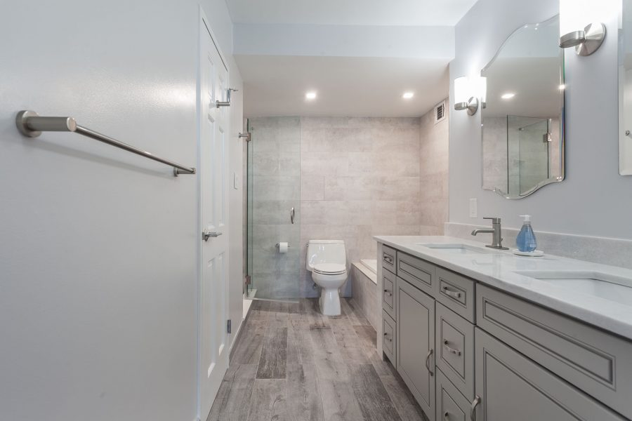 Bright Master Bathroom With Natural Tone Colors
