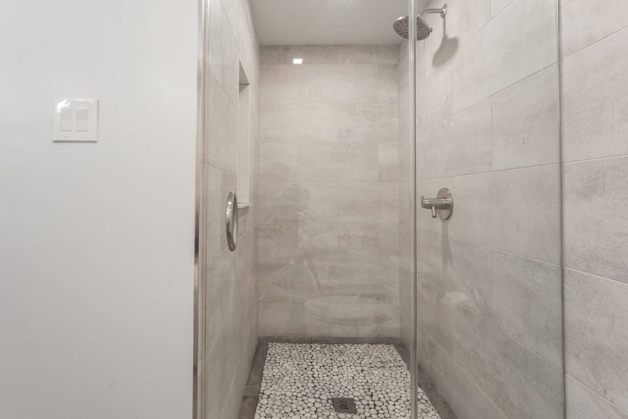 Walk-in Shower with Pebble Flooring