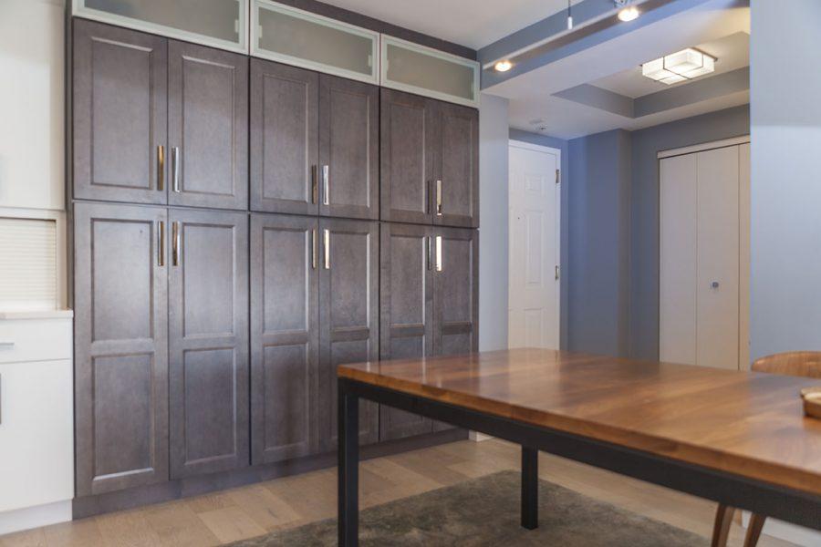 Dining Room – Tall Pantries