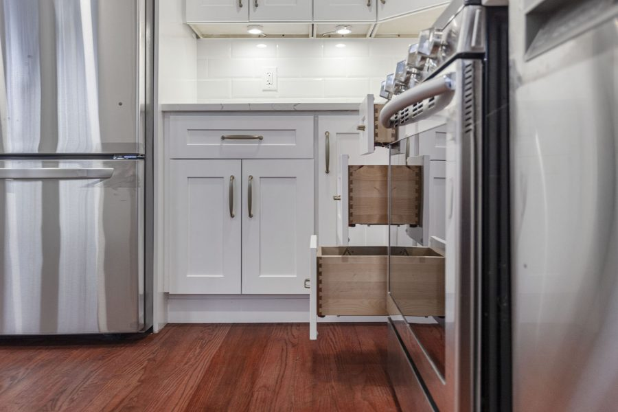 White Kitchen Cabinets with Drawers in Alexandria VA