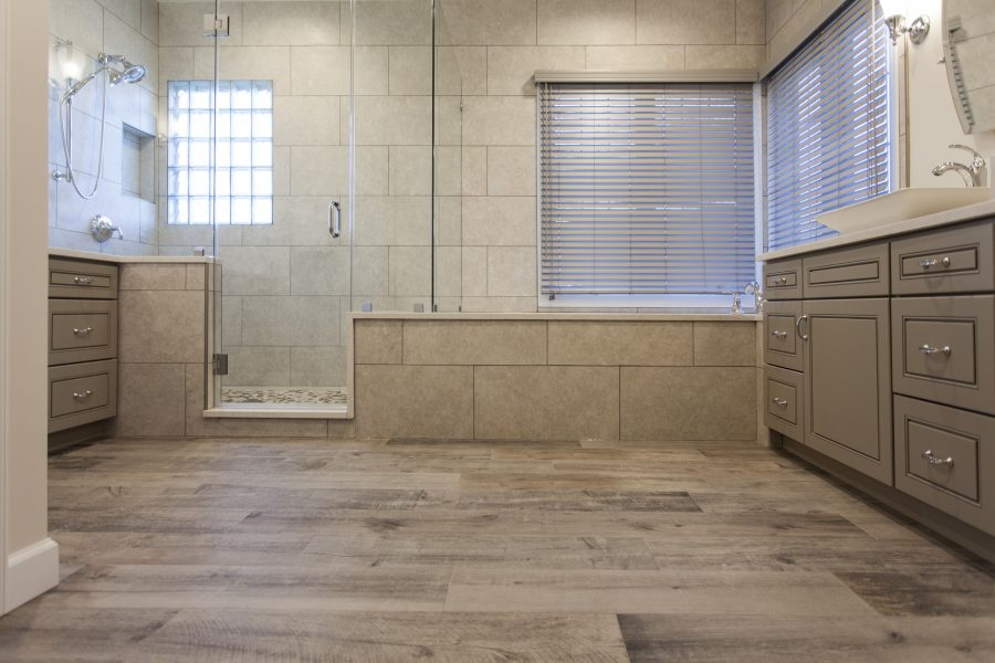 Wood looking ceramic tiles and earthy tone wall tiles
