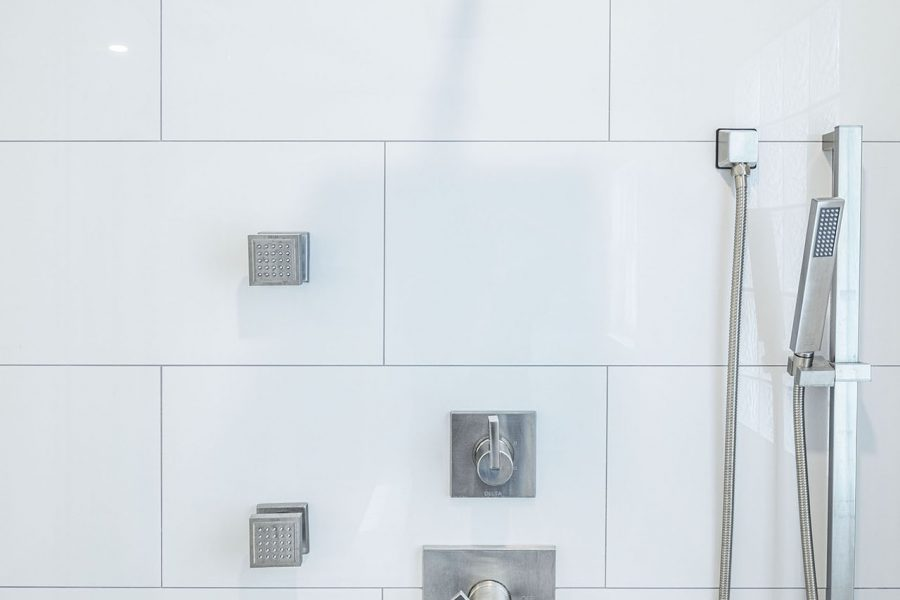 Delta TempAssure 17T Series Thermostatic Shower System